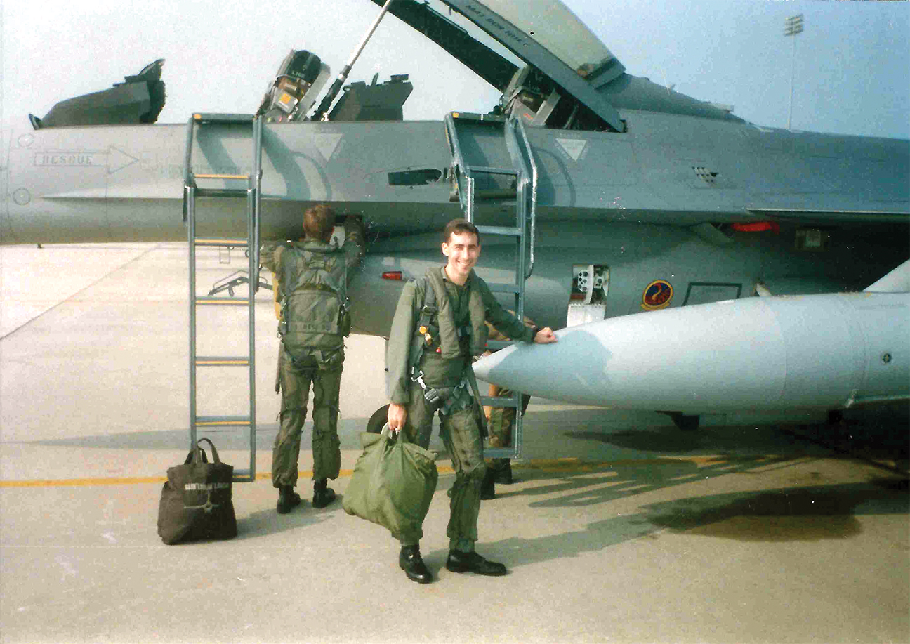 Christopher Almont before his fifth and final F-16 ride at Shaw Air Force Base, South Carolina, in August 1996.