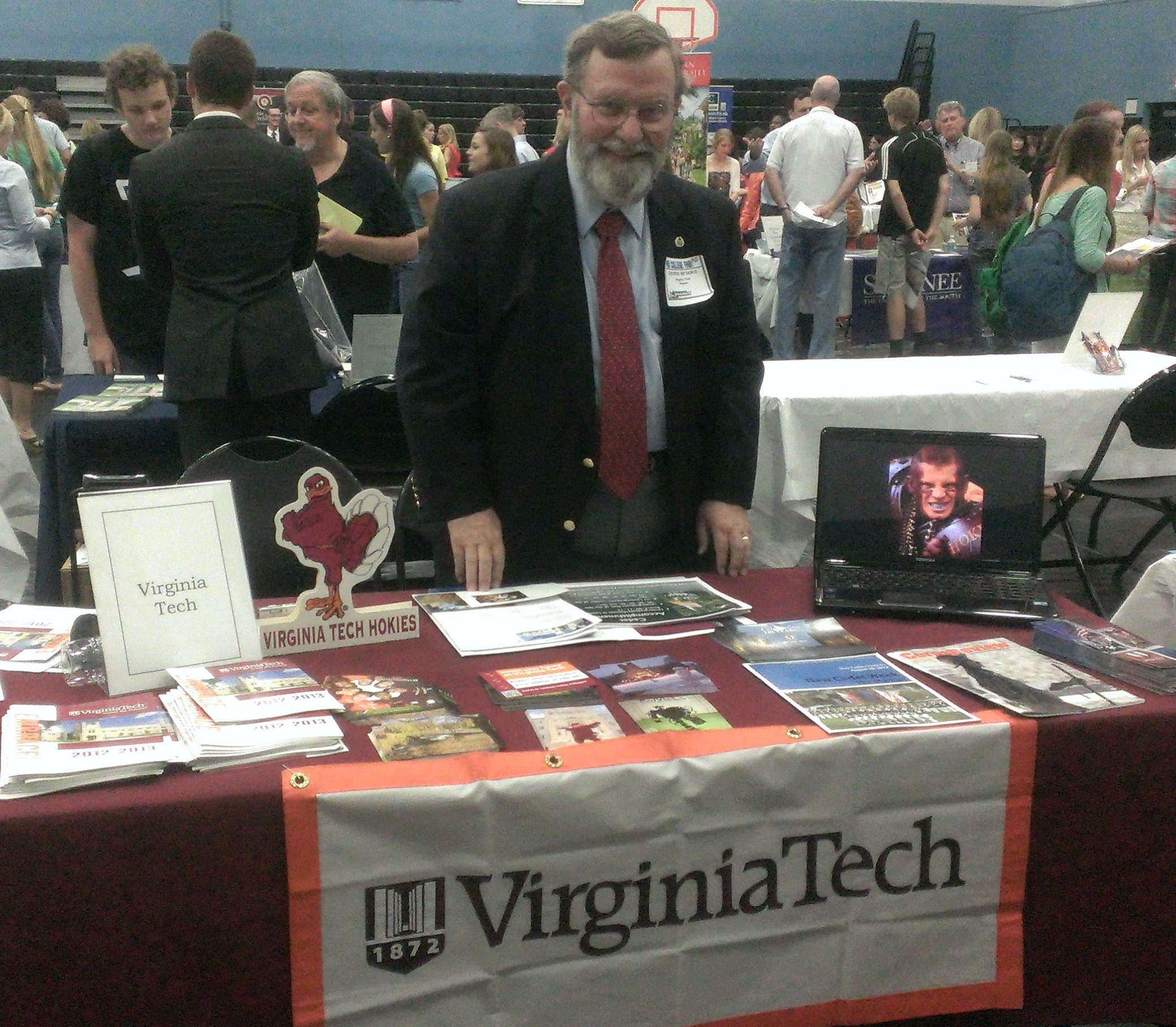 Lonnie Brooks VTCC '67 promoted both Virginia Tech and the Corps of Cadets at a Ponte Vedra, Fla., college fair.