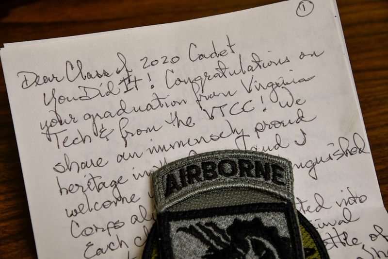 A hand-written letter to a cadet includes an Airborne patch.